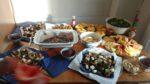krautsalat, plátanos gekocht und maduros, sopa de frijoles (nach Monikas Rezept), tortillas de maíz