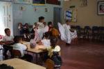 Traditioneller nicaraguanischer Tanz in originalen Kleidern