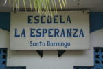 Schild an der Schule
